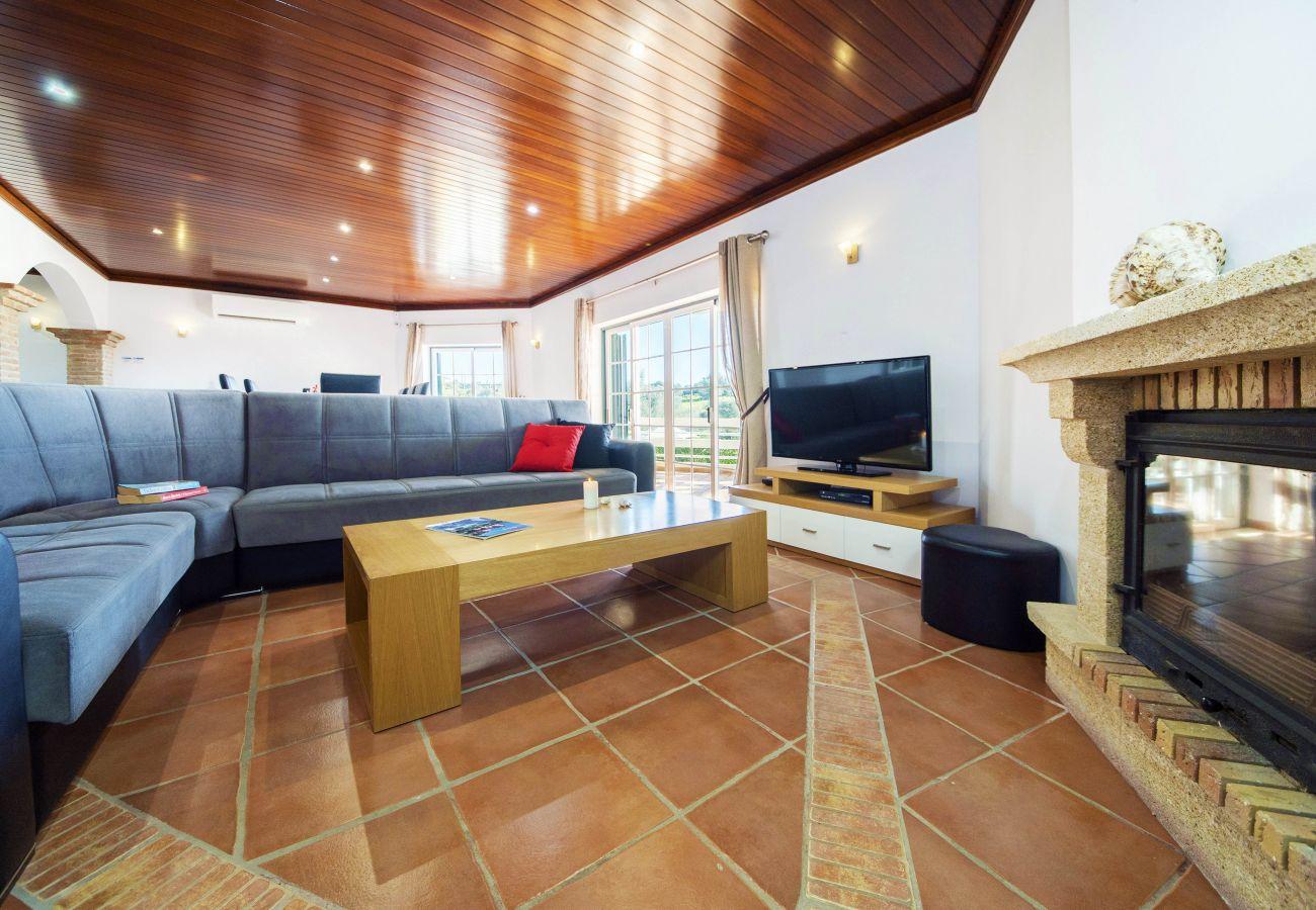 Villa em Armação de Pêra - Villa Oliveira