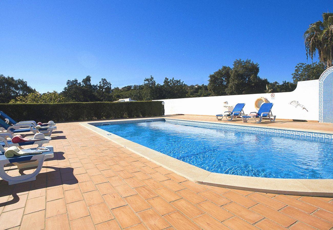 Villa in Guia - Villa Sardenha