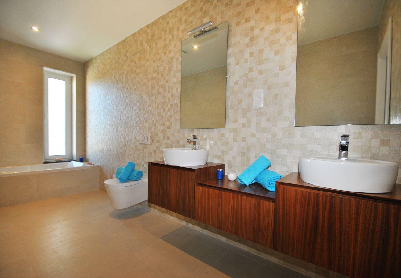 Villa in Albufeira - Villa Phuket